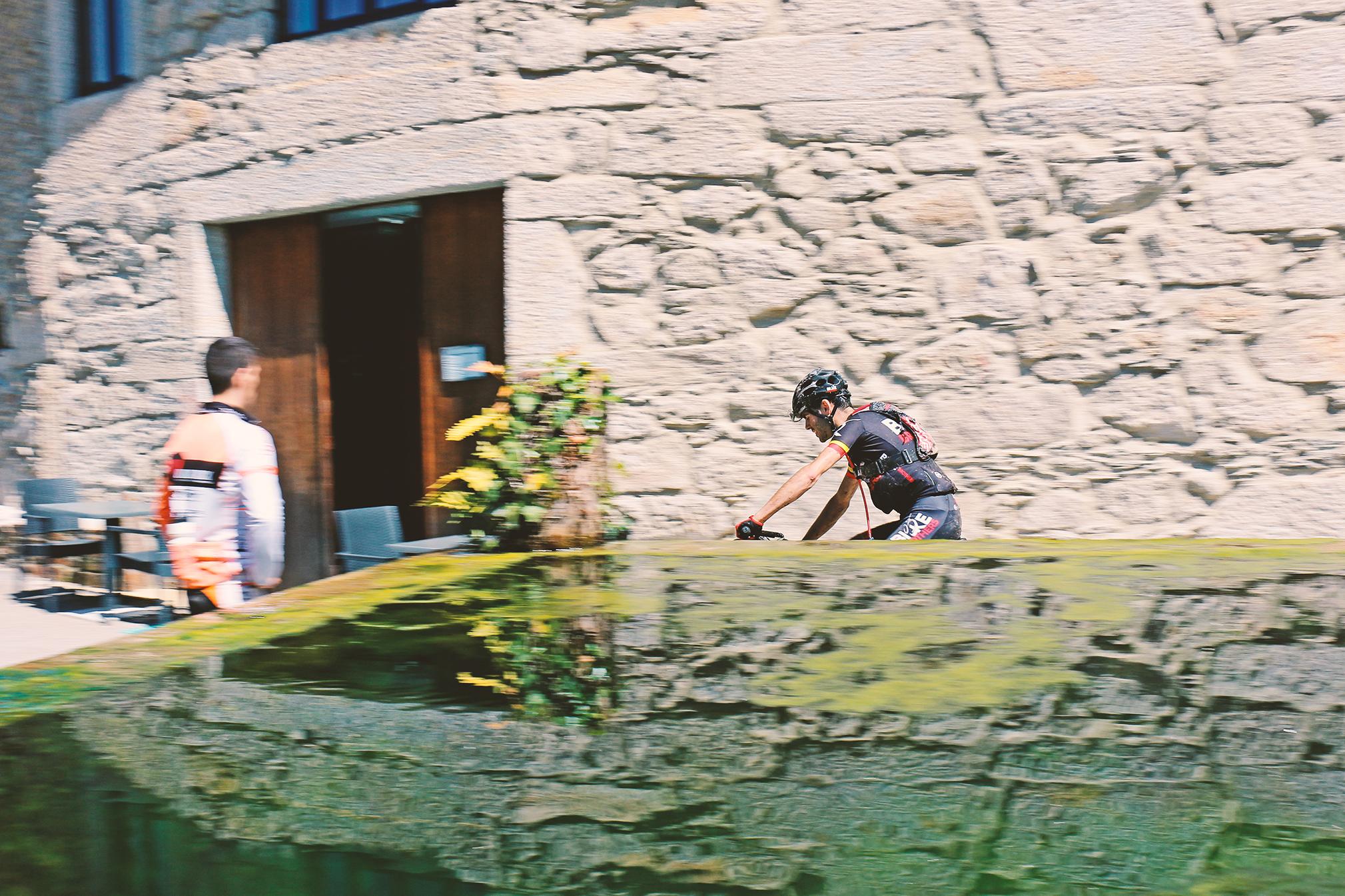 Fotografia do vencedor Nelson Sousa a liderar a prova em Covelo de Arca (100 kms), Oliveira de Frades, da autoria de Ana Jesus Ribeiro I CAPhoto Rede de Profissionais