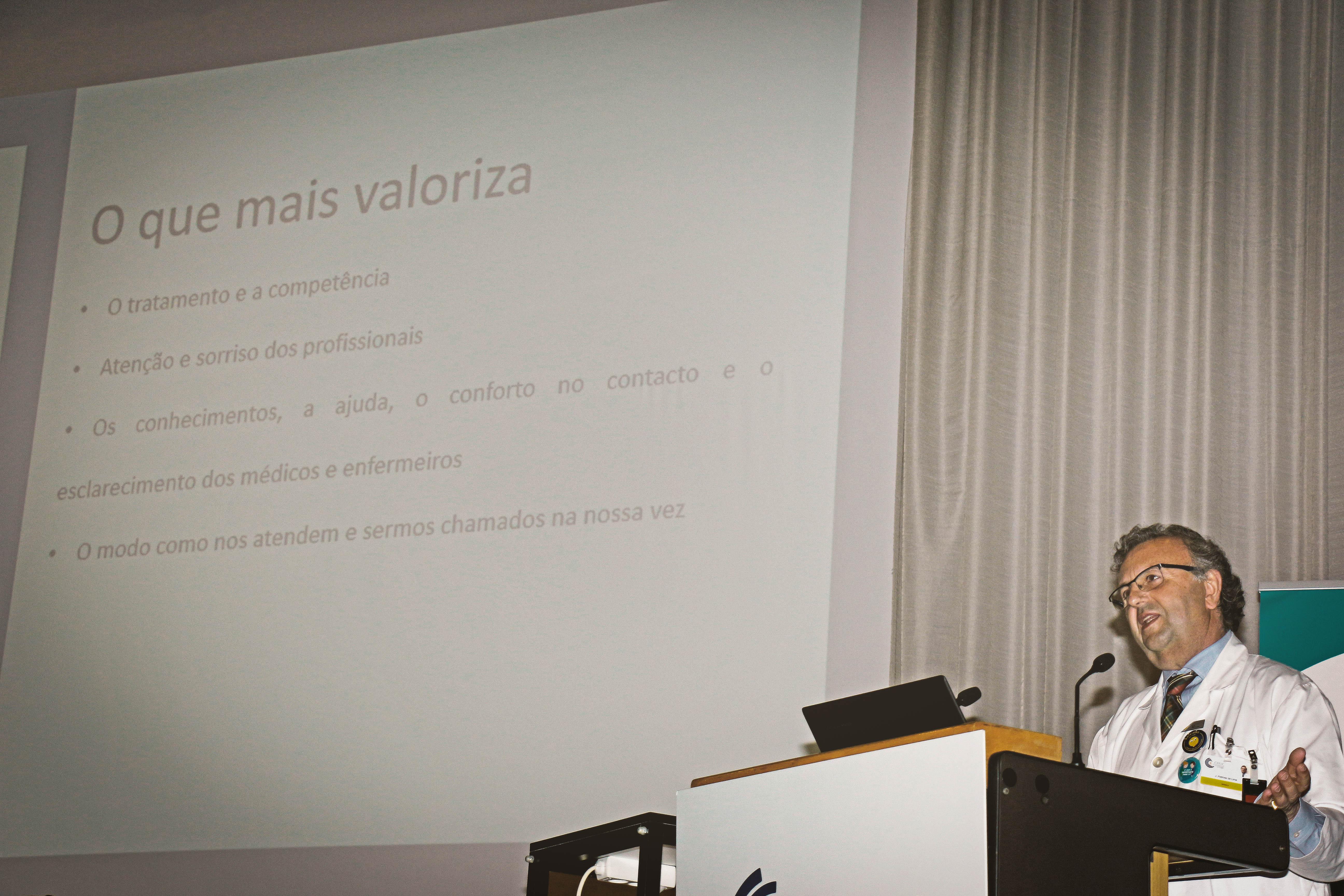 """""""Projeto H2 – Humanizar o Hospital I CHUC"""" com UGPD pelo dia «What matters to you?»"""